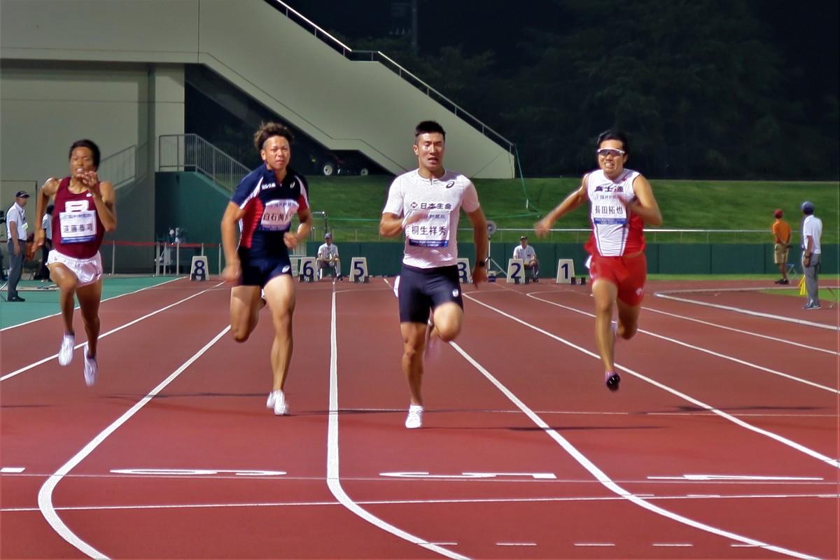 日本 人 選手 が オリンピック で 初めて 金メダル を 獲得 した 競技 は どれ